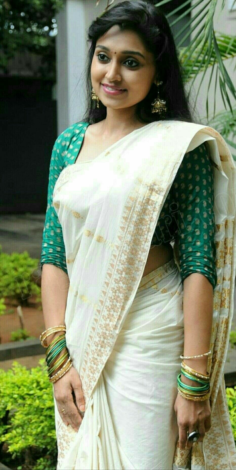 That Kerala girls saree have