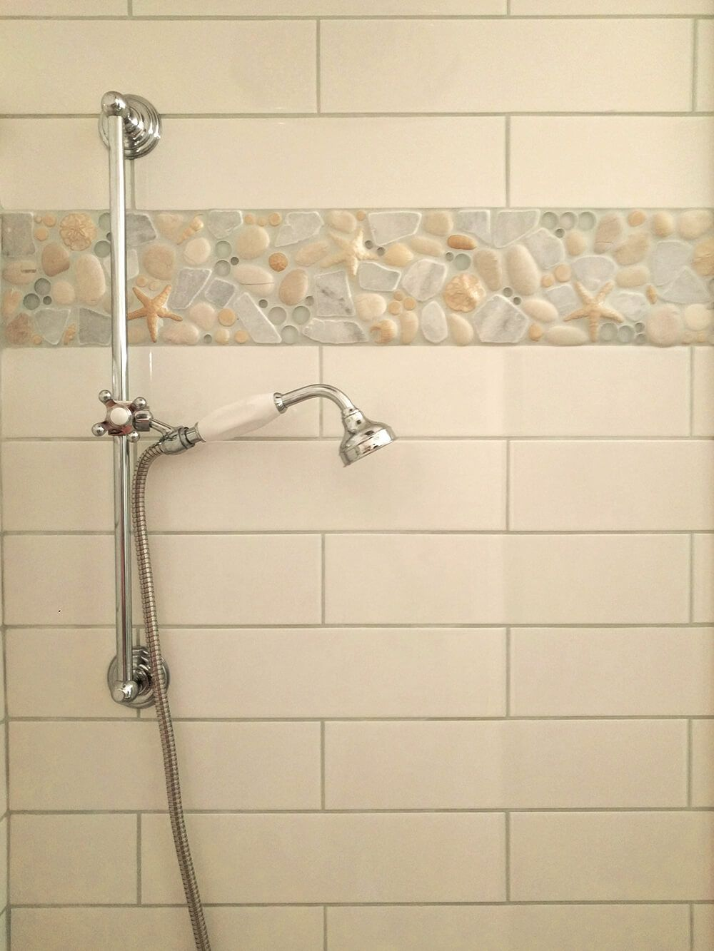 6 Ocean Medley Border Wrapping Around A Shower Stall This Mosaic