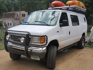 Ford Econoline Cargo Van 4x4 For Extreme Dependability In Cargo