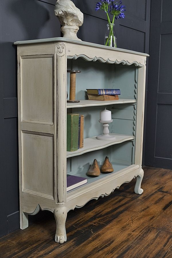 small french curve fronted bookcase cabinets and storage the treasure trove shabby chic. Black Bedroom Furniture Sets. Home Design Ideas