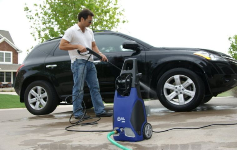 Learn How to clean car at home