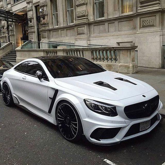 Mercedes  #liveupload #luxurylifestyle #luxe #luxury #gold #goldcrew #golddigger #goldcar #richlifestyle #rich #supercar #arabmoney #arabcars #live #lamborghiniaventador #lamborghini #aventador #aventadorsv #sv #svroadster #londoncars #GTR #nissan #car #cars #carlifestyle
