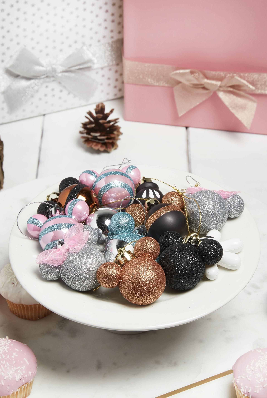 Primark Disney Decorations Christmas License 2017 Mickey Minnie