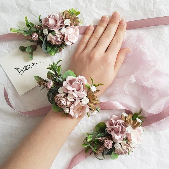 Dusty flower bridesmaid corsage Dusty wedding flower corsage Dusty pink blush gold flower corsage Bridal flower corsage - #Blush #Bridal #Bridesmaid #corsage #Dusty #flower #Gold #Pink #wedding #corsages
