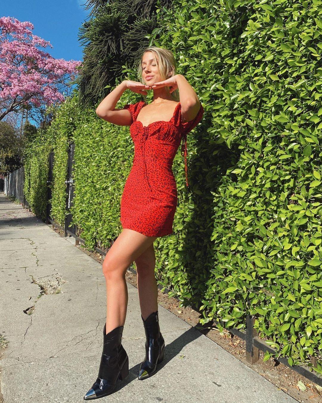 ANOTHER beautiful weekend ahead 🌻  Tap to shop 𝗔𝗦𝗣𝗜𝗥𝗘   #fashion #style #ootd #photooftheday #instagood #instafashion #heels #stylish #shopping #beautiful #outfit #fashionblogger #design #shoestagram #shoelover #instashoes #styles #fashionista #shoeaddict  #blog #lifestyle #inspiration #instadaily #streetstyle #girlboss #model #picoftheday #instastyle