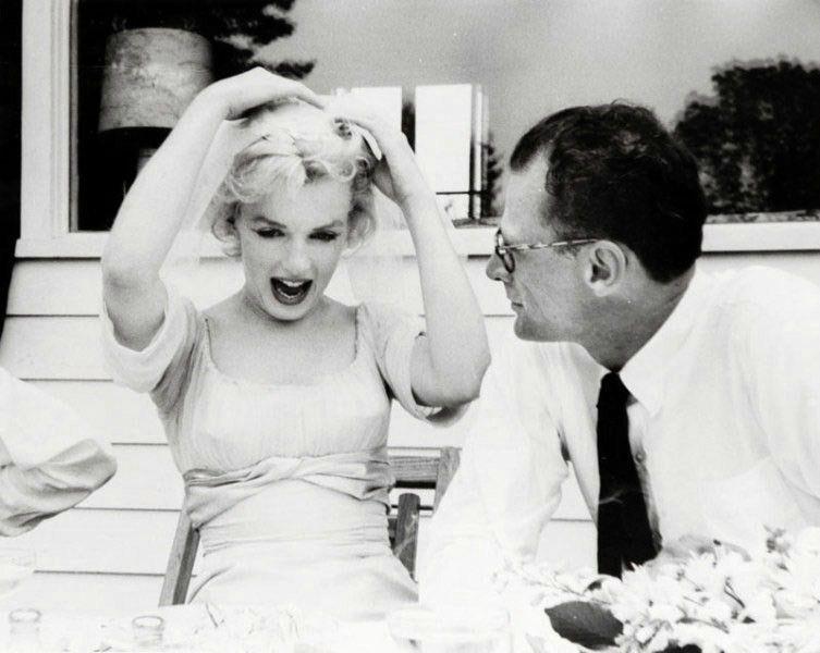 Image par Irene_ Greece sur Marilyn by Milton Marilyn
