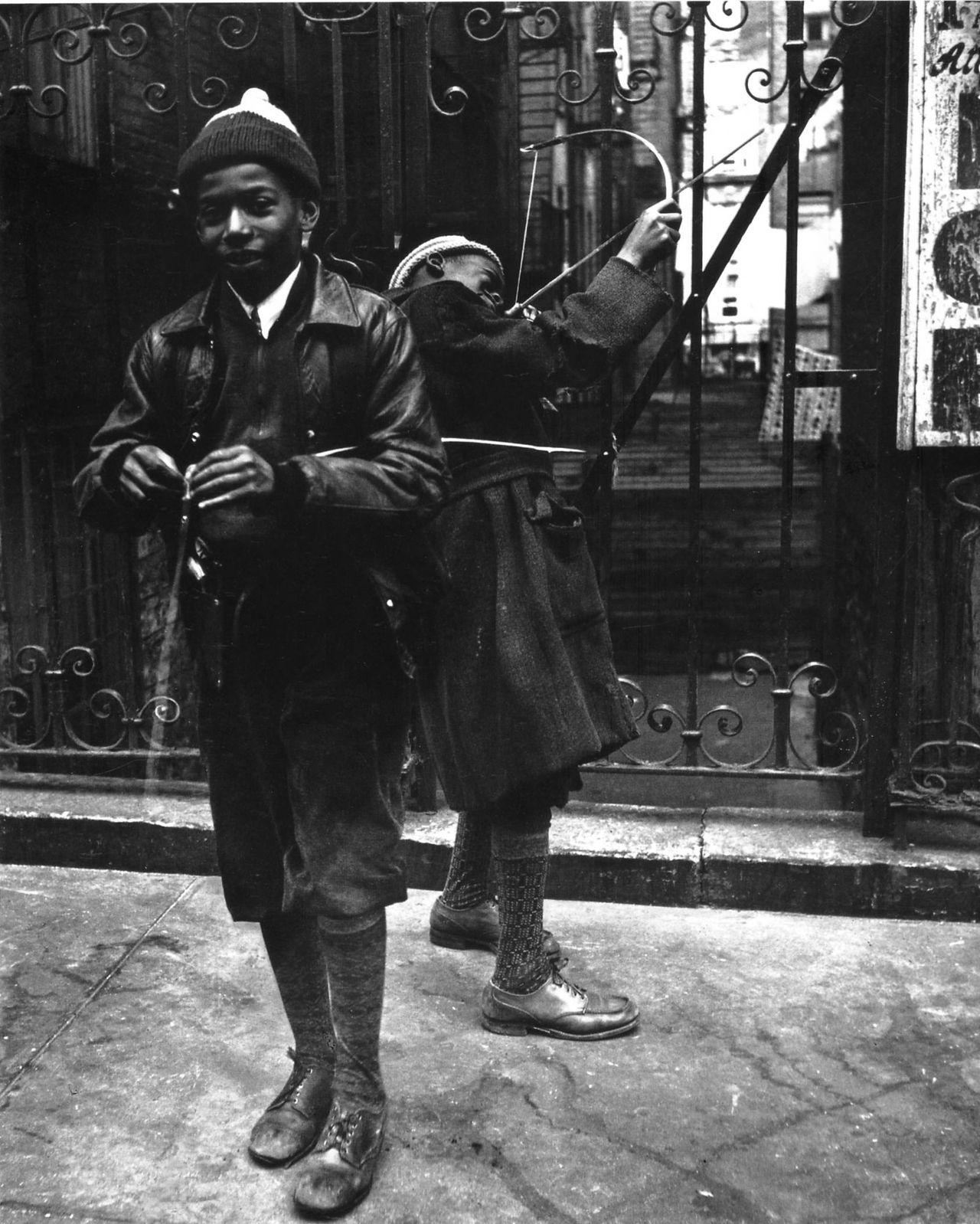 John Gutmann: Warriors, Harlem, 1936