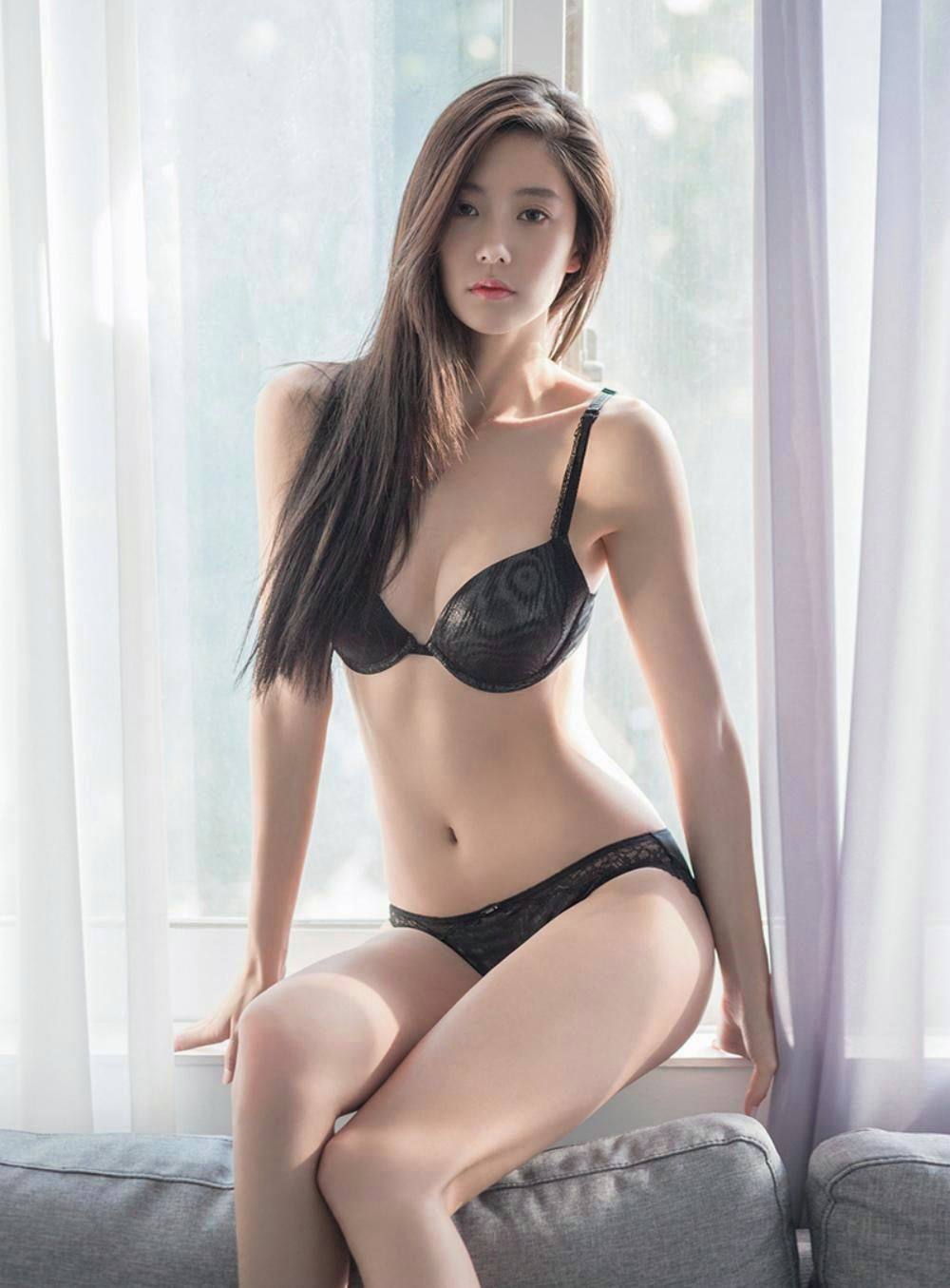 Sexy Korean Girl