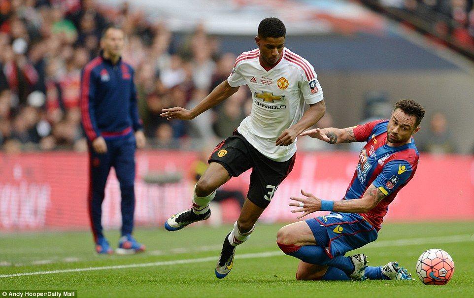 Man United 21 Crystal Palace (AET) Lingard smashes extra