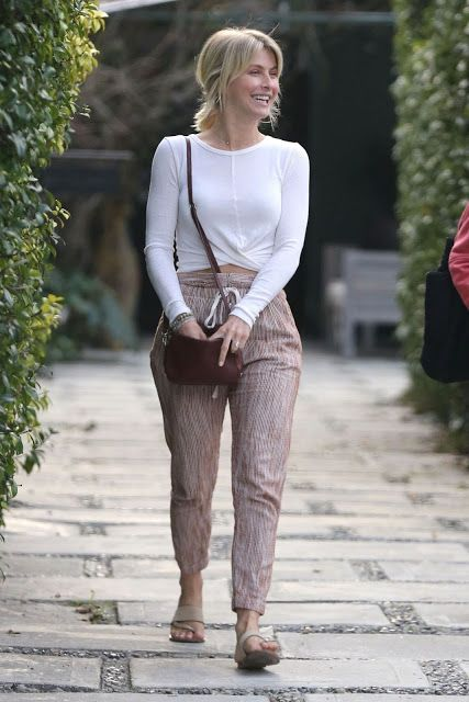 Julianne Hough Clicked in Casual Style Feb 2019 - Celebrity Photos Daily.Com #juliannehoughstyle