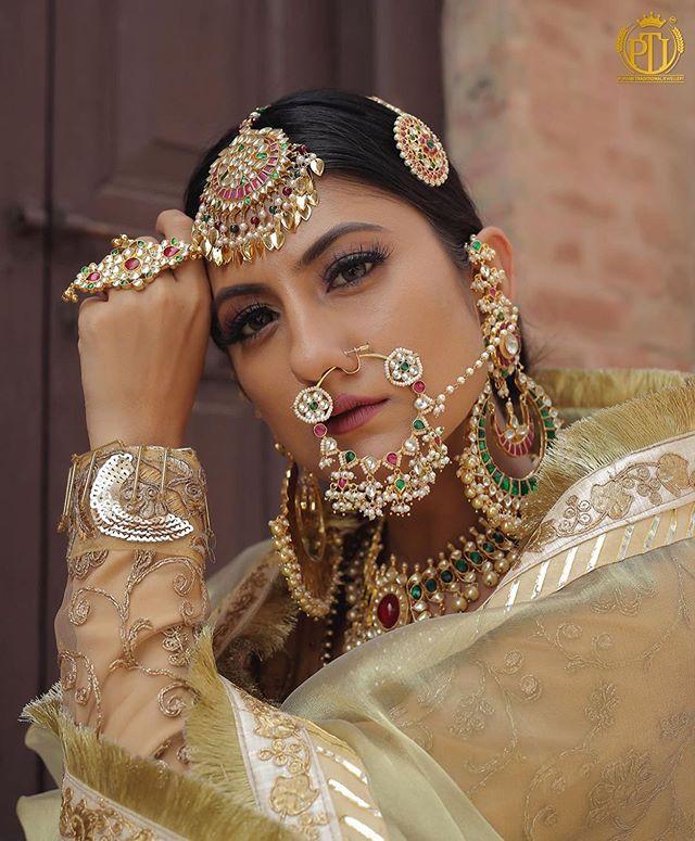 Traditional Punjabi Bridal Jewellery (C) Weddings by