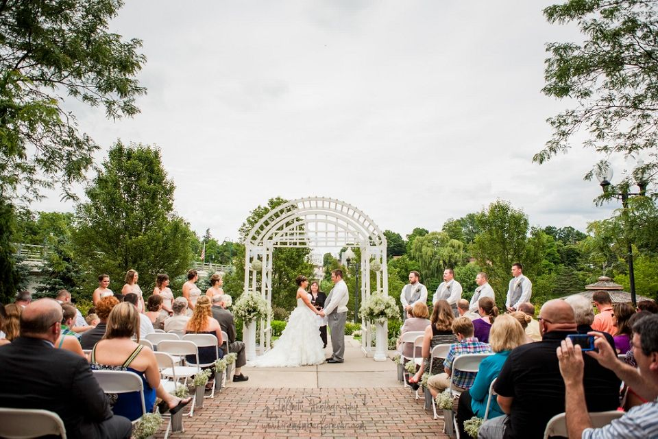 A outdoor wedding ceremony at the Grand Ledge