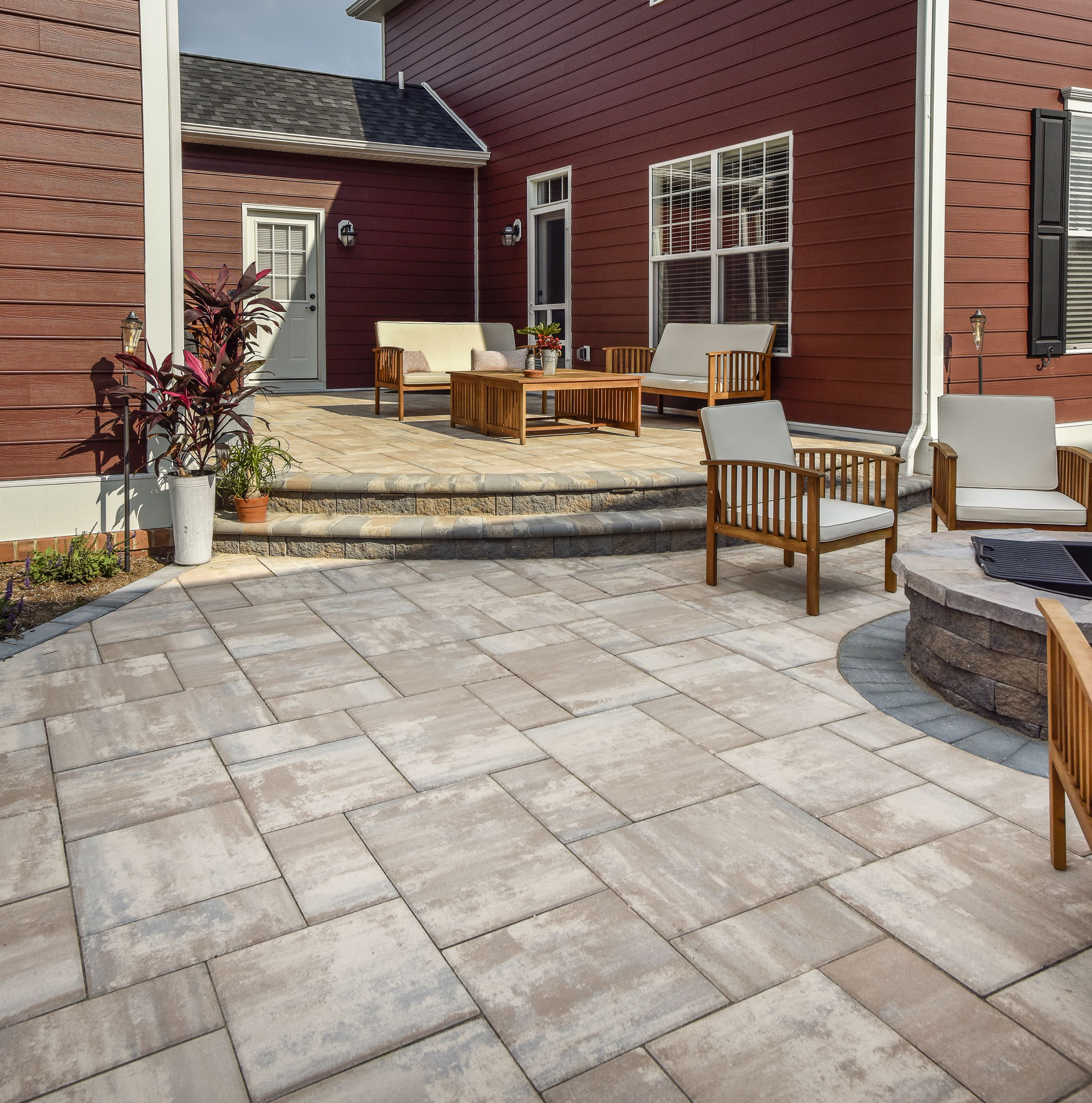 Alpine Contemporary Shown In Chesapeake Blend Nicolock Paving