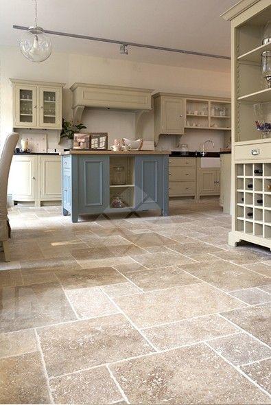 tegels natuursteen natuursteen vloertegels impermo keukentegel rustieke tegel landelijk interieur landelijke keuken keukenvloer travertin