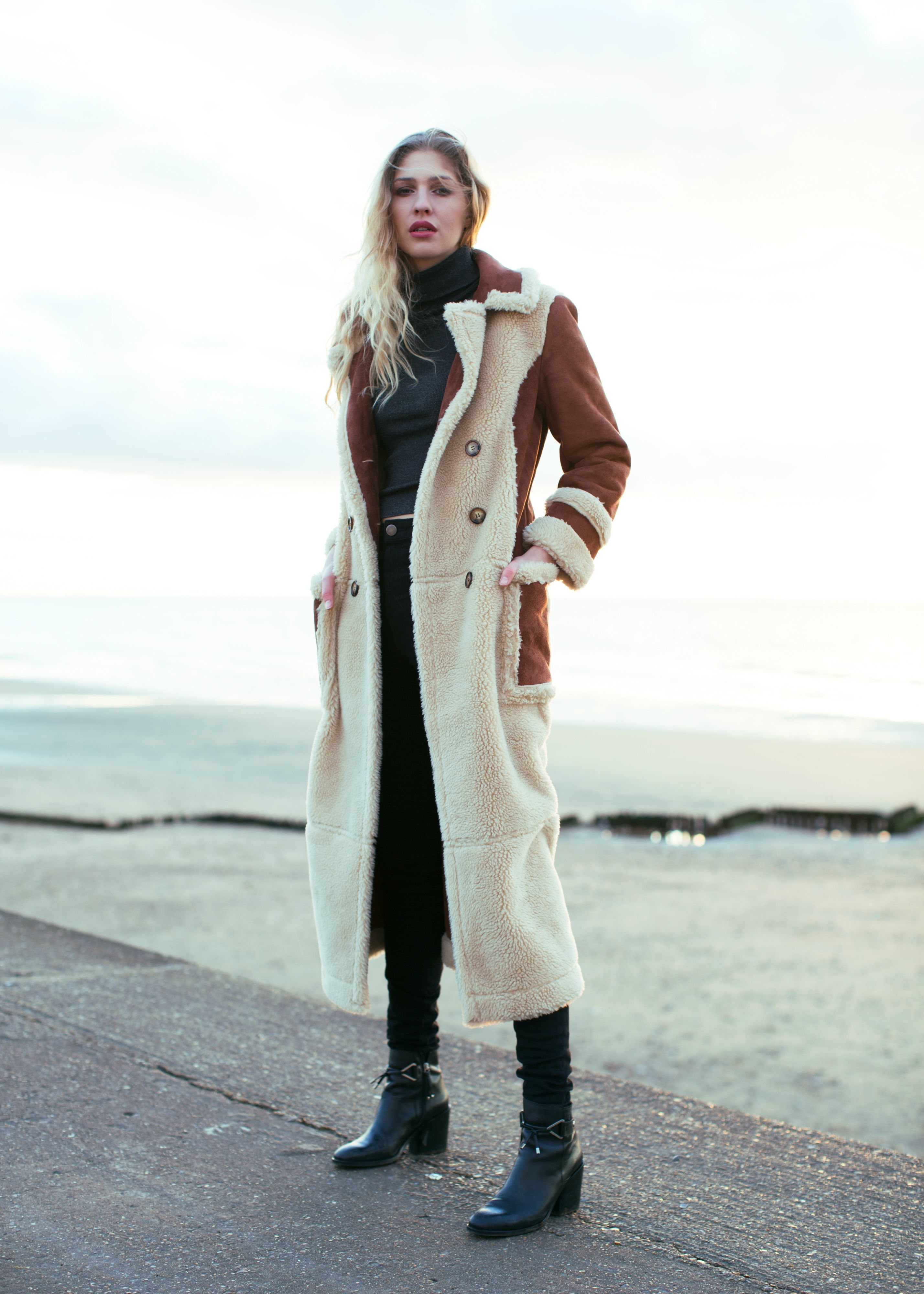 Off Duty Style Trip To The British Coast Winter Fashion Shearling Maxi Coat