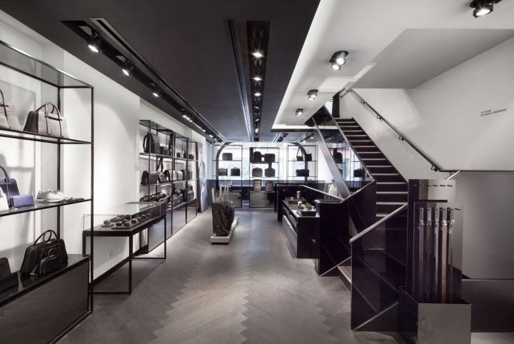 http   www.glamshops.ro shop-review -porsche-design-in-harrods-london-by-plajer-franz-studio.html 874463cf9b9