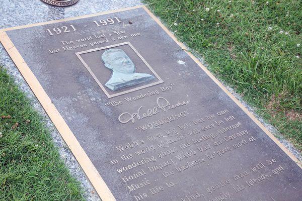 95fe76da1fdc5e4d96f65f9a2a370cf5 - Gardens Of Memory Cemetery Mcminnville Tn
