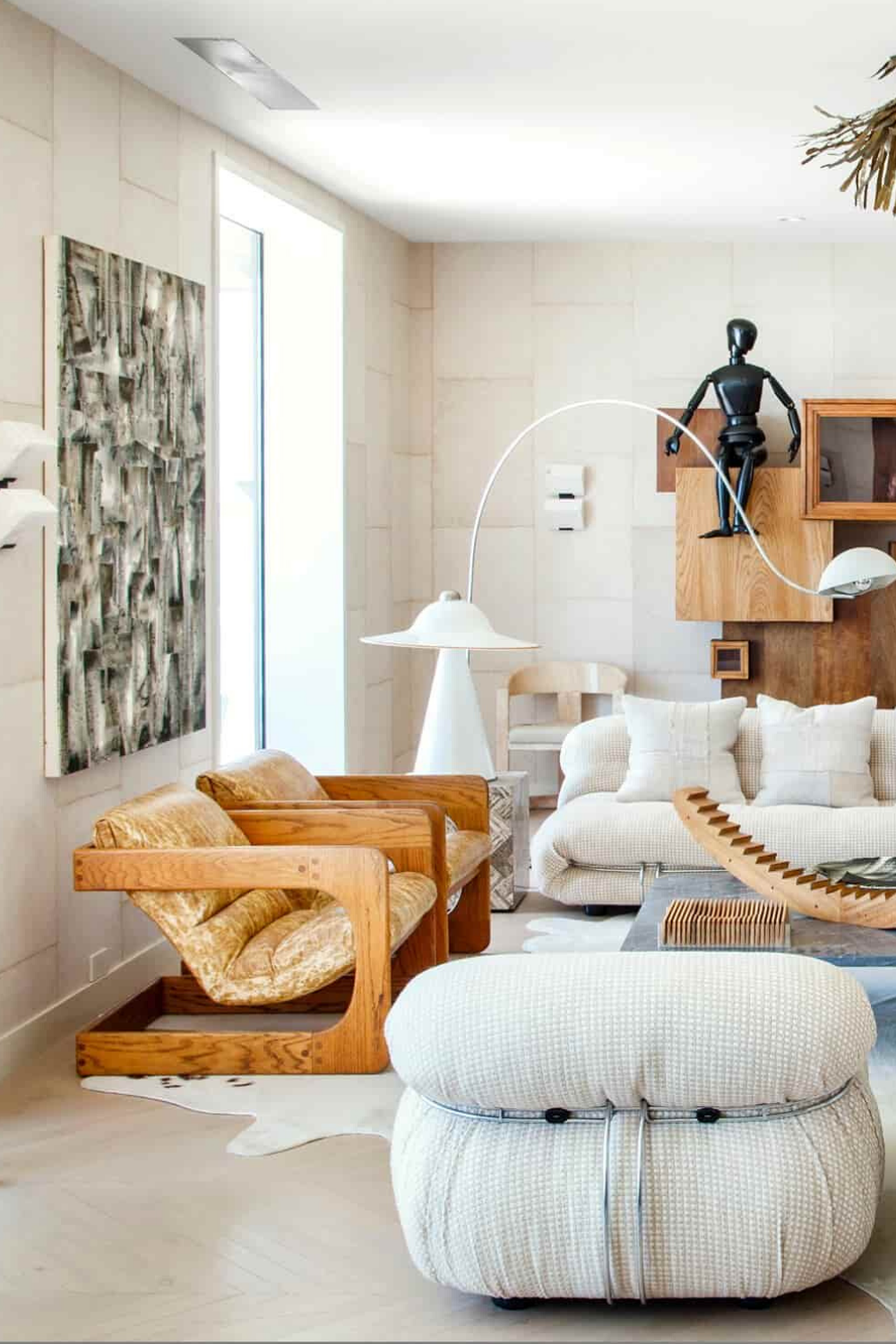 Design diva Kelly Wearstler and her style defined as a multi-layered, multi-faceted, experiential, sensory design and approach. Read more in Insplosion. Visit us for: #interior #decor #moderndecor #interiordecor #moderninteriordesign #contemporaryinteriors #besthomestyle #interiordesign #luxury #interiors #interiordesign #homedecor #livingroom