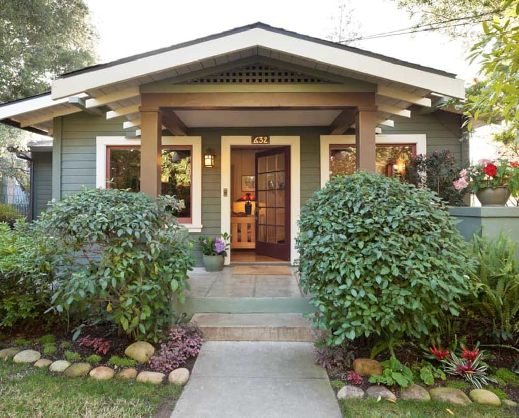 An Artistic House Every Inch Beloved Spanish Style Homes Arts Crafts House Craftsman Bungalow Exterior