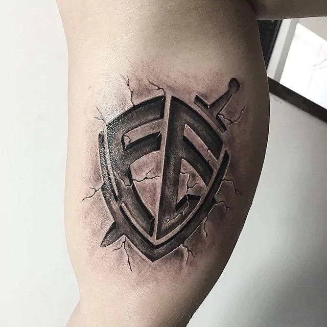 Escudo Da Fe Tatuagem Masculina Braco Escudo Da Fe Tatuagem E