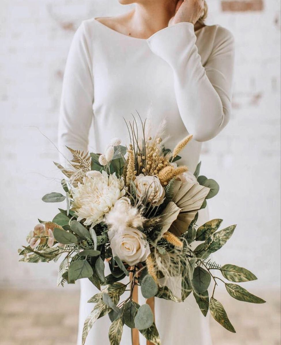 Gold Wedding Flowers In 2020 Large Wedding Bouquet Gold Wedding Bouquets Boho Wedding Flowers