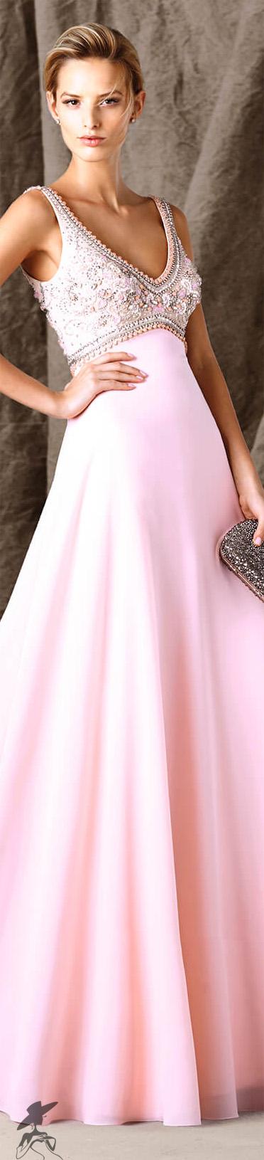 Style for warm weather gown prefer white Pronovias 2017