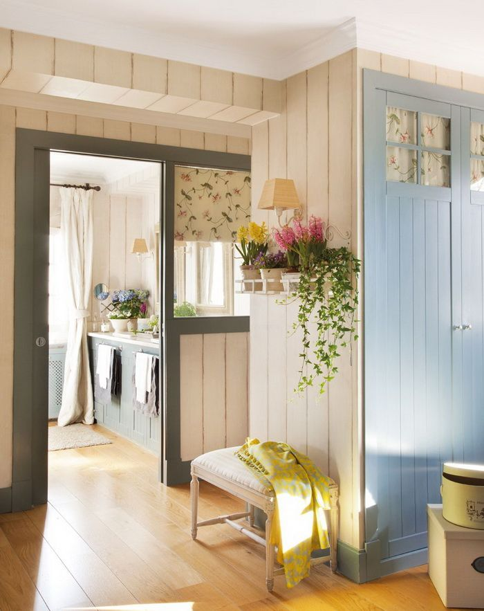 Marvelous Flower Shelf Inside Freshens Up A Room And Wood Paneling Gives A Homey  Country Feel.