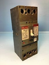 Ge General Electric Sfla36at0250 250a Spectra Circuit Breaker Red W 225 Amp Plug See More Pictures Details At Http Ift Tt Circuit General Electric Breakers