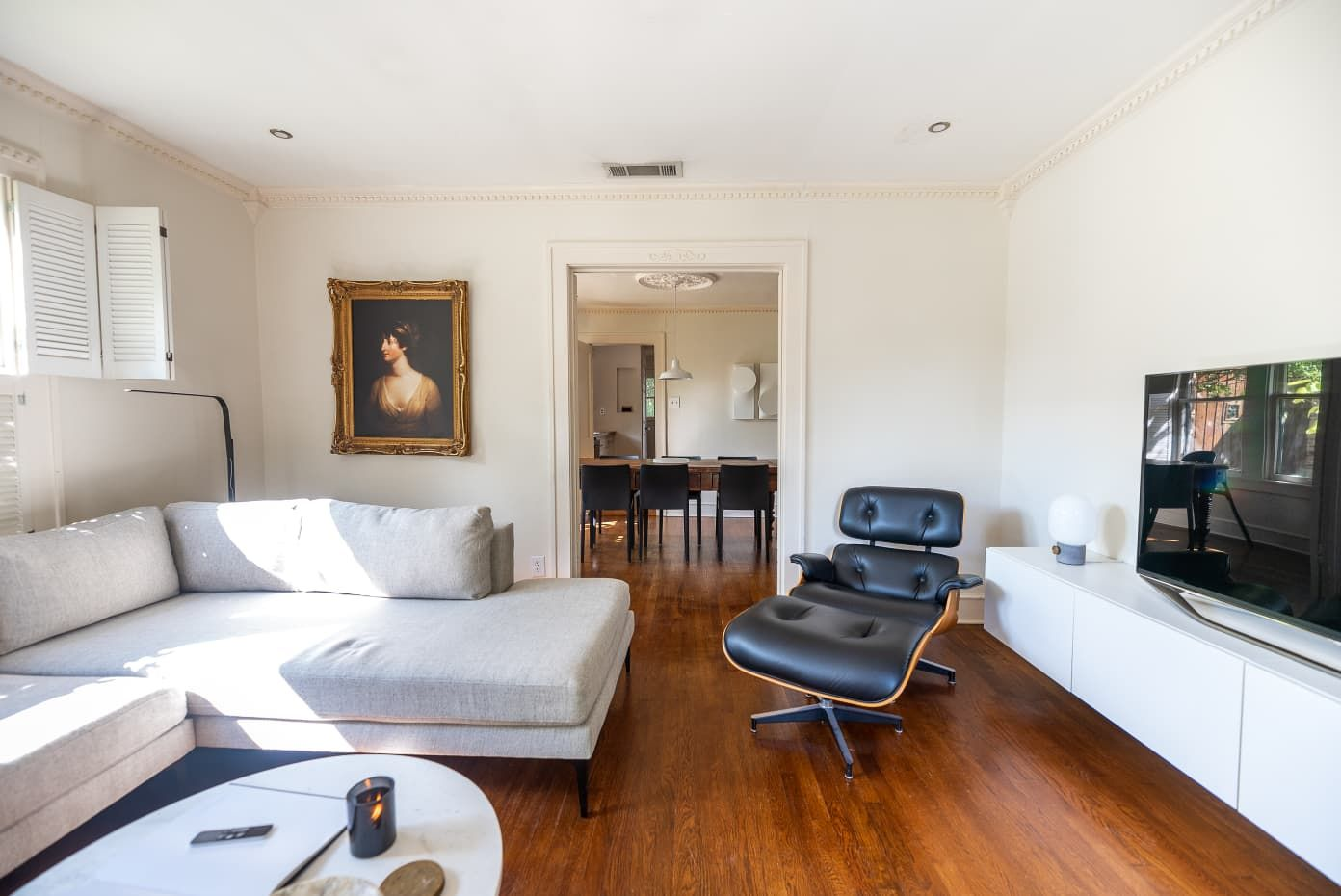 This 90-Year-Old Dallas Rental Is a Lesson in Warm Minimalism | Apartment Therapy