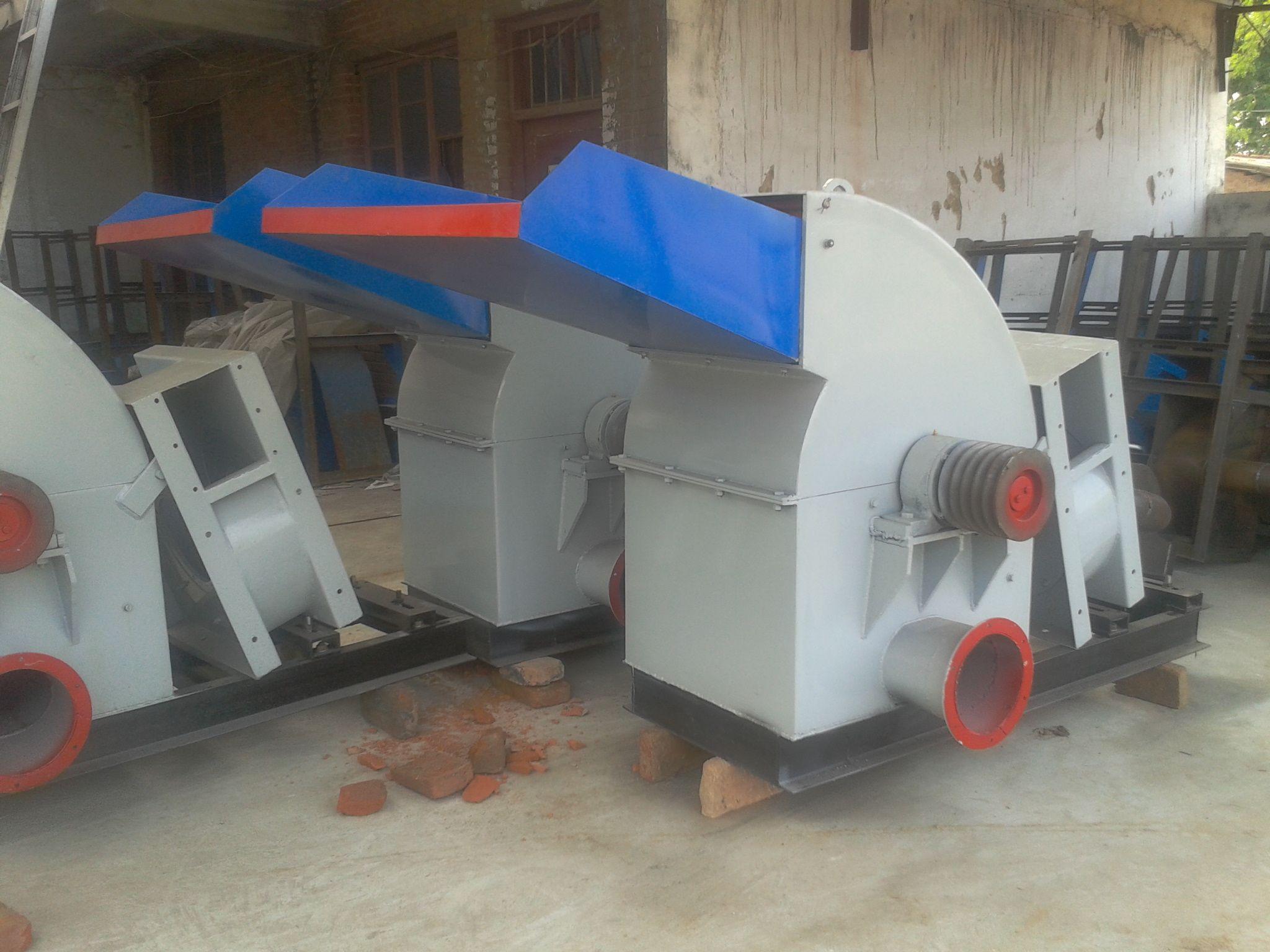 wood crusher machine http://victormachinez.com/wood-crushing-machine/