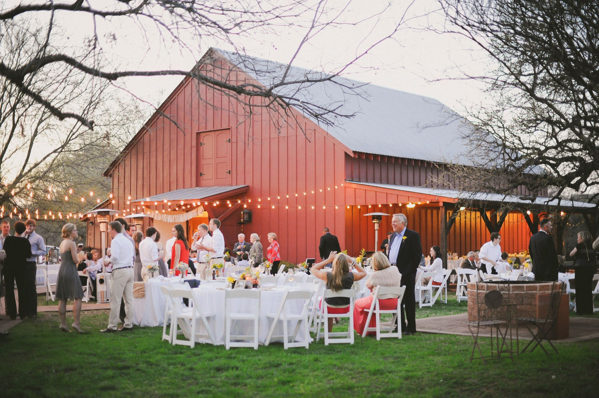 My Dust Loves Vintage Weddings We Love Also Adore Cross Timbers Winery Located In Our Own Hometown Grapevine Texas Hope You Enjoy These Great