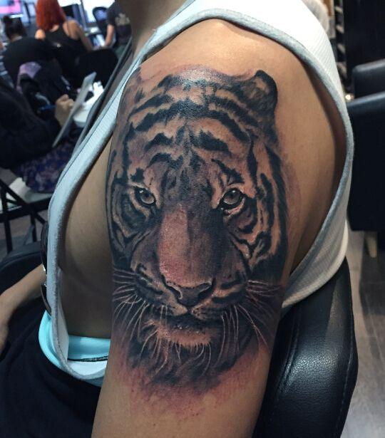 Golden Iron Tattoo Studio | Western Style