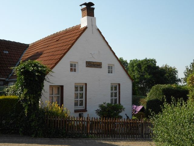 Romantisches 5 SterneFriesenhaus mit eingezäunten Garten