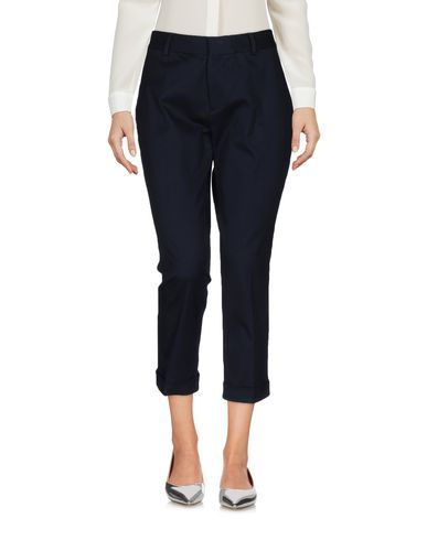 DSQUARED2 3/4-Length Short. #dsquared2 #cloth #dress #top #skirt #pant #coat #jacket #jecket #beachwear #