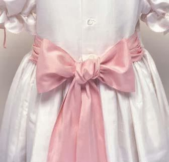 Sew Beautiful Blog How To Tie A Perfect Sash Bow Bows Little Girl Dresses Sewing Patterns For Kids