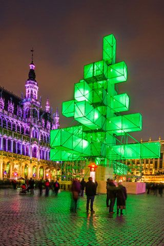Abstract tree in the Grand Place.