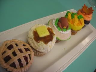 Sift Cupcakery's Thanksgiving Cupcakes - All Things Cupcake