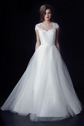f4d1b64a2186c 外国人モデルのウェディングドレス姿。日本人モデルとはひと味違う。 - NAVER まとめ