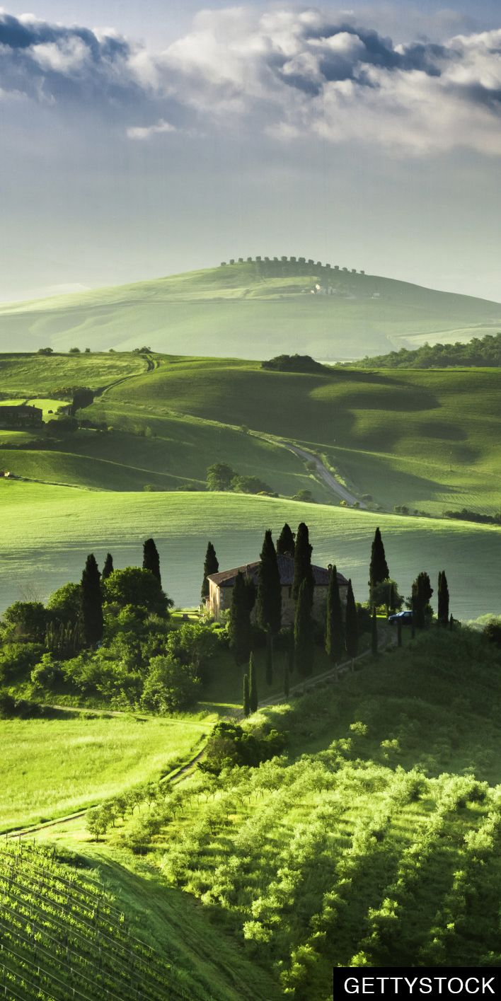 Bleak winter weather's got us dreaming of rolling green hills in Tuscany.