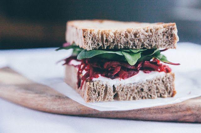 Šťavnatý vegetariánsky sendvič