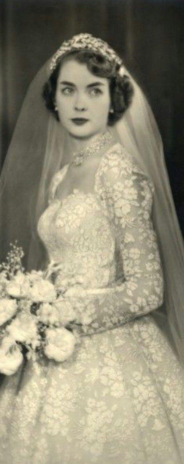 Pin by Cheryl Lindsey on dresses  Pinterest  Vintage weddings