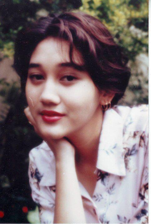 Pin Oleh Shine Aidhe Di Nike Ardilla Singer Actress Model Of Indonesian Gadis Amerika Aktris Gaya Remaja