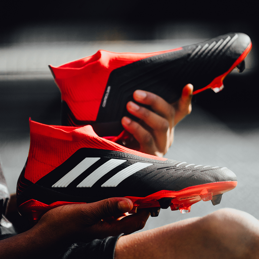 Classic Predator Colours Team Mode Discover More And Buy Now At Direct The Game In This Adidas Predator Classic Black Red And White Colorway Built For