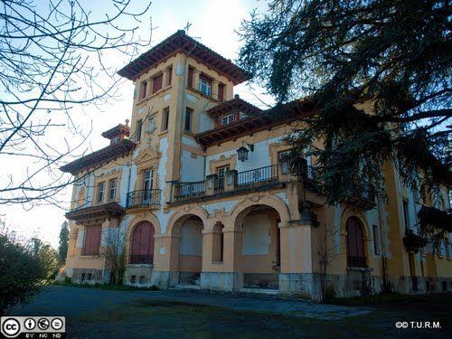 Casa de los tartiere en santa barbara arquitectura monta esa dentro de la corriente - Casa montanesa ...
