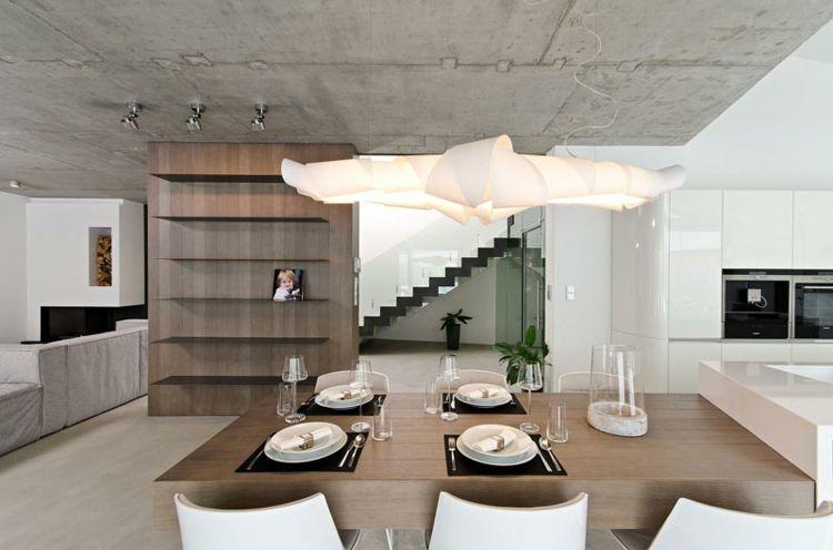 betonwand selber machen essbereich wohnbereich h ngelampe. Black Bedroom Furniture Sets. Home Design Ideas
