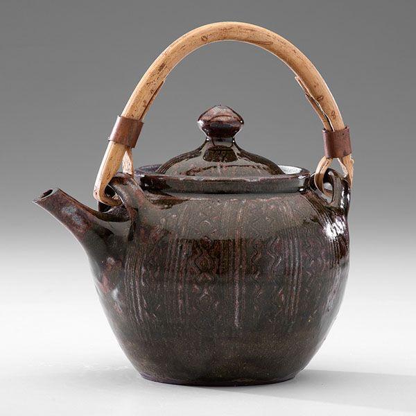 Abuja Pottery Teapot by Ladi Kwali (Nigeria; 1925-83) (11