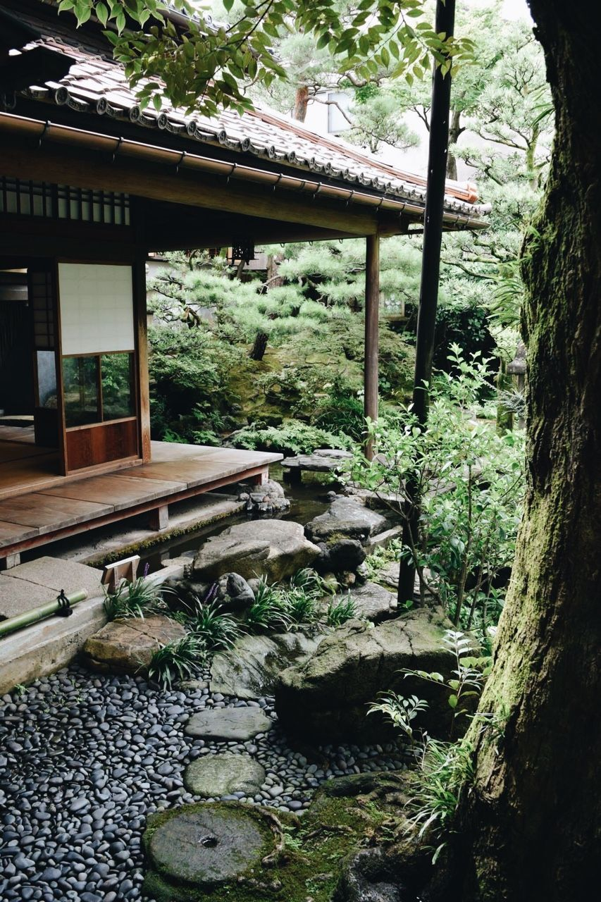 The Kimono Gallery Photo Japanese Garden Design Japanese Style House Japan Garden