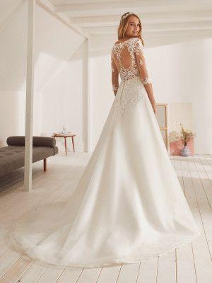 obelisco  wedding dress with 3/4 sleeves and v neckline  dress neckline obe  dress