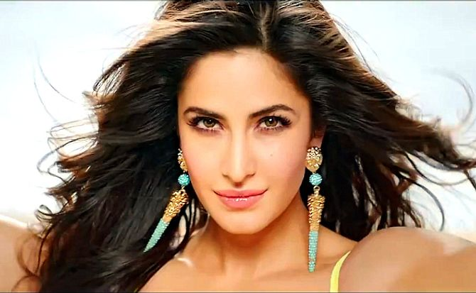 Katrina Kaif Dhoom 3 Song Dhoom Machale Dhoom Hot Pic Most Beautiful Eyes Katrina Kaif Photo Deep Wave Hairstyles