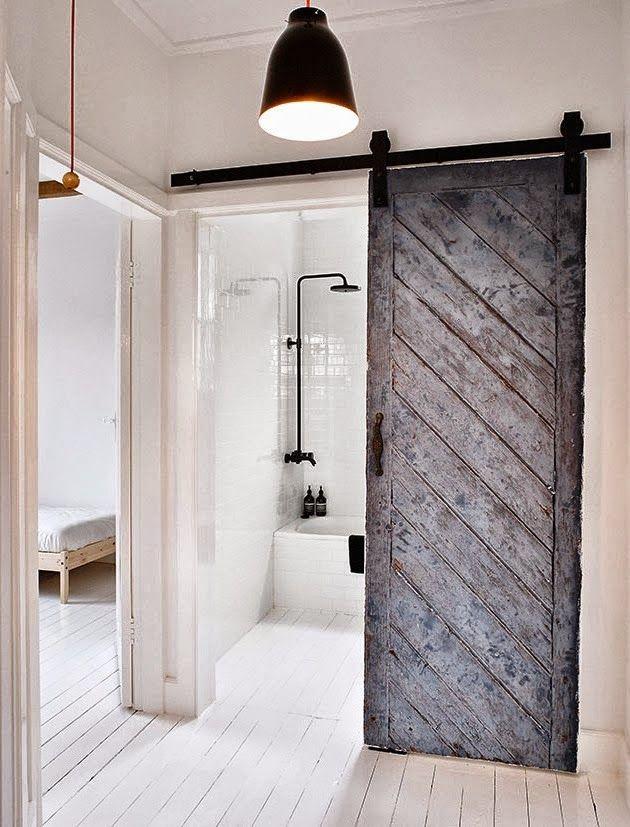 Ideas de almacenamiento en un ba o peque o puertas for Puertas corredizas para banos pequenos